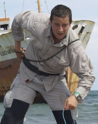 man-v-wild-bear-grylls-with-casio-dynamic-wave-ceptor-watch.jpg